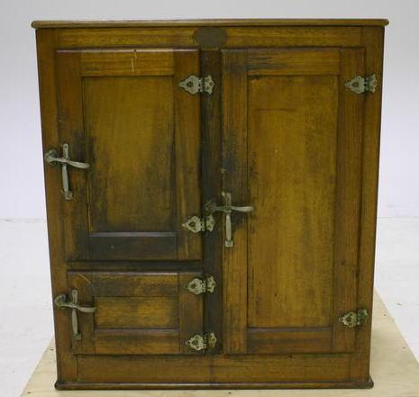 Tuesday Magic Item – Cabinet of Repairs