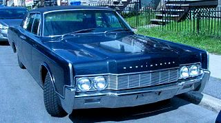 320px-'66_Lincoln_Continental